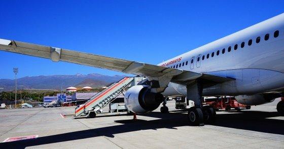 Tenerife South airport in Spain flights airlines
