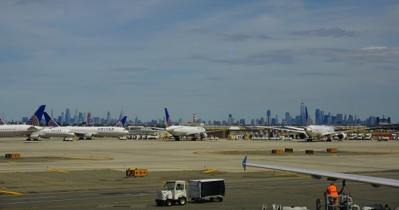 Newark airport in New York Liberty EWR flights airlines hotels